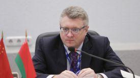 Андрей Молчан во время презентации