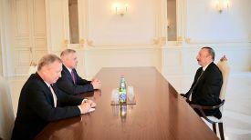 Во время встречи. Фото посольства Беларуси в Азербайджане