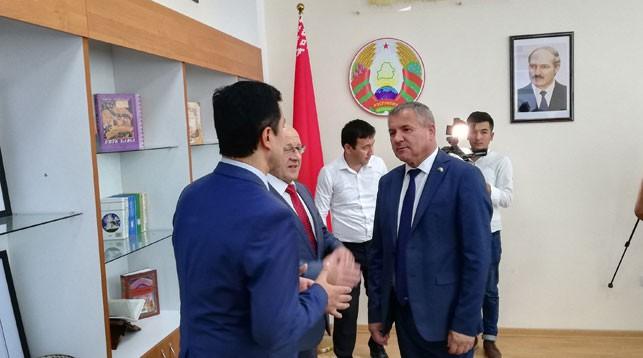 Фото посольстве Беларуси в Узбекистане