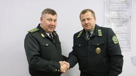 Владимир Бондарь и Виталий Дрожжа. Фото Министерства лесного хозяйства