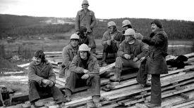 Бригада белорусского комсомольско-молодежного отряда имени Николая Кедышко на трассе малого БАМа в Якутии. 1978 год
