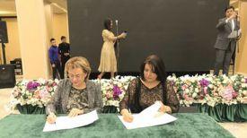 Во время подписания. Фото посольства Беларуси в Узбекистане