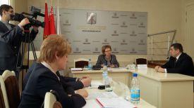 Марианна Щеткина (в центре) и Денис Прищепа (справа)