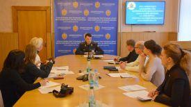 Во время пресс-конференции. Фото с сайта УВД Могилевского облисполкома