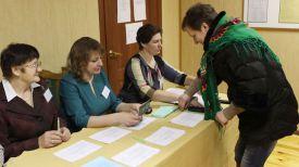 Светлана Акулич на Тонежском избирательном участке №13 Лельчицкого района