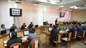 Во время круглого стола. Фото minsknews