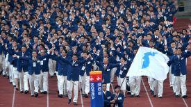 Команды КНДР и Республики Корея прошли вместе на церемонии открытия летних Олимпийских игр в Сиднее-2000. Фото из архива