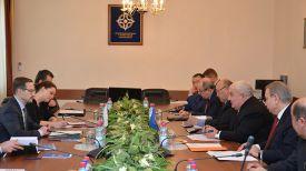 Во время встречи. Фото ОДКБ