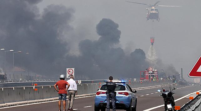 На месте взрыва. Фото Синьхуа - БЕЛТА