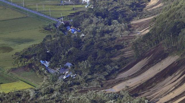 Последствия землетрясения. Фото Kyodo News via AP
