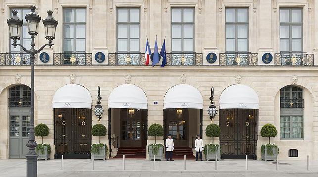 Отель Ritz в Париже. Фото booking.com