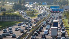 Германия, автобан под Штуттгартом. Фото dw.com