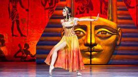 """Фрагмент балета """"Клеопатра"""". Фото Белорусского государственного академического музыкального театра"""