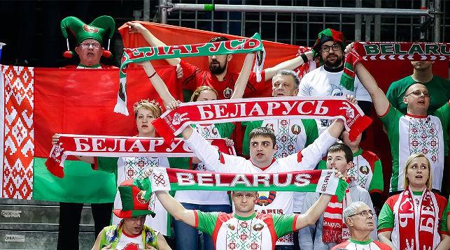 Белорусские болельщики приехали в Хорватию поболеть за свою команду. Фото EHF