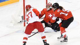 Во время матча Олимпийские атлеты из России - Швейцария. Фото ФХР