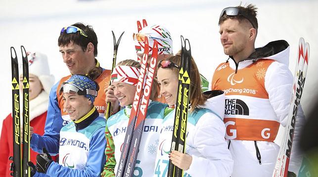Светлана Сахоненко в центре. Фото AP - БЕЛТА