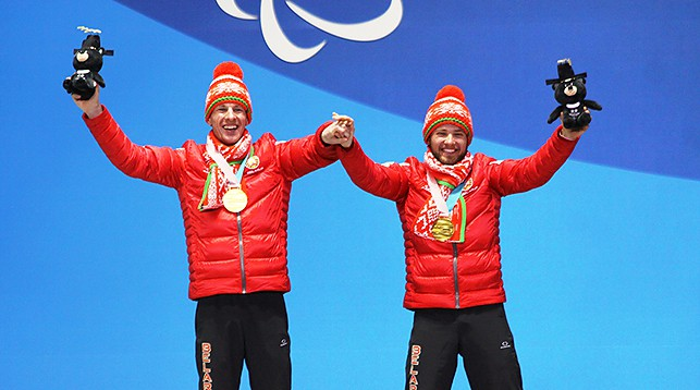 Юрий Голуб (справа). Фото Алексея Ковалева