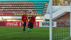 Во время открытой тренировки беларусской сборной накануне товарищеского матча с Венгрией