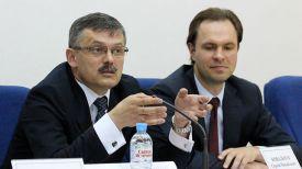 Сергей Ковальчук (слева)