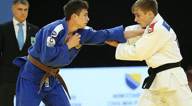 Артем Колосов (справа). Фото Европейского союза дзюдо