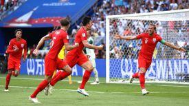 Англичане рады победе в матче. Фото ФИФА