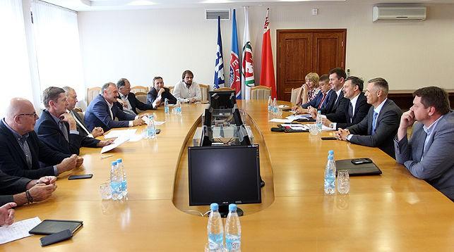 Во время совещания. Фото Министерства спорта и туризма