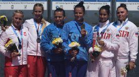 Камила Бобр и Елена Ноздрева (в центре). Фото организаторов чемпионата мира