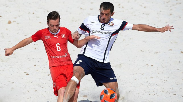 Во время матча Беларусь - Швейцария. Фото beachsoccer.com