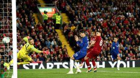 """Во время матча """"Ливерпуль"""" - """"Челси"""". Фото лондонского клуба"""