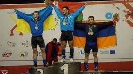 Евгений Тихонцов (в центре). Фото организаторов чемпионата Европы
