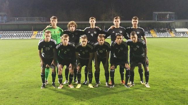 Белорусские футболисты во время тренировки перед матчем с Хорватией. Фото АБФФ