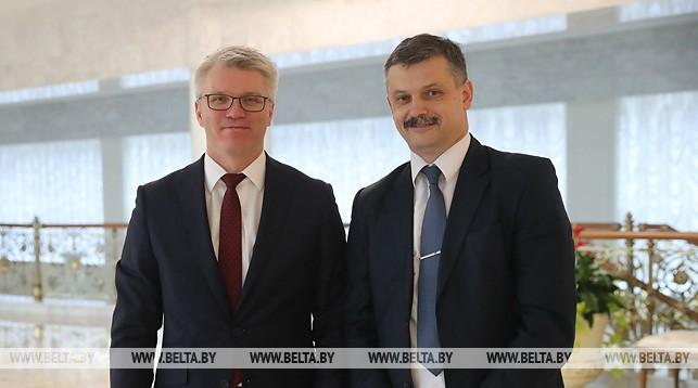 Министр спорта России Павел Колобков и министр спорта и туризма Беларуси Сергей Ковальчук