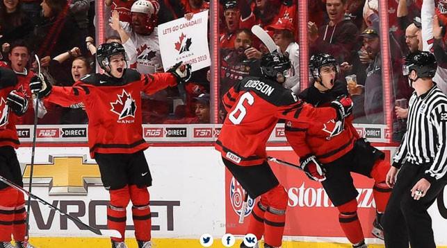 Во время матча Канада - Дания. Фото IIHF