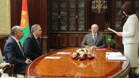Виталий Вовк (слева)