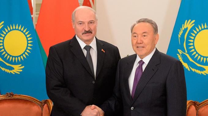 Александр Лукашенко и Нурсултан Назарбаев. Фото из архива