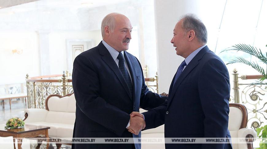 Александр Лукашенко и Курманбек Бакиев