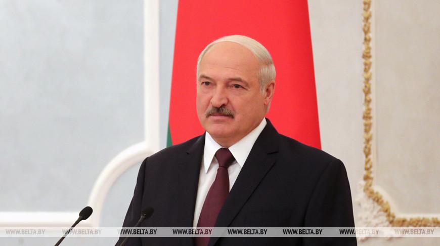 Александр Лукашенко принял верительные грамоты послов 12 стран и представителя ЕС
