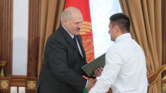 Александр Лукашенко и Евгений Тихонцов. Фото из архива