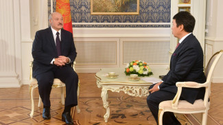 Александр Лукашенко и Ерлан Бекхожин
