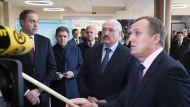 """""""Люди ждут по два-три месяца"""" - Лукашенко возмутился очередями на онкооперации"""