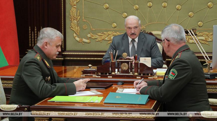 Президент Беларуси Александр Лукашенко, госсекретарь Совета безопасности Станислав Зась и председатель Госпогранкомитета Анатолий Лаппо