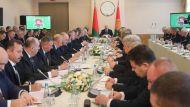 Лукашенко призвал не создавать новые структуры только ради глотка свежего воздуха