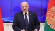 Лукашенко парламентариям: пытайтесь доказать своим избирателям, что у вас тяжелейший труд