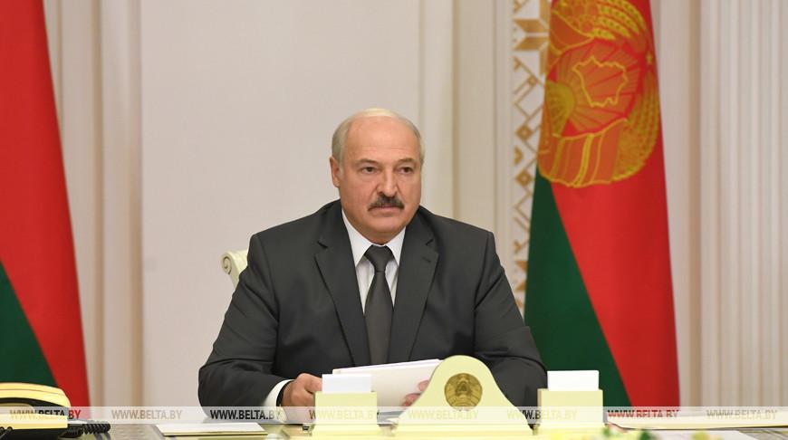 «За пять лет 16 млн нарушений» — Лукашенко собрал совещание по применению административной ответственности