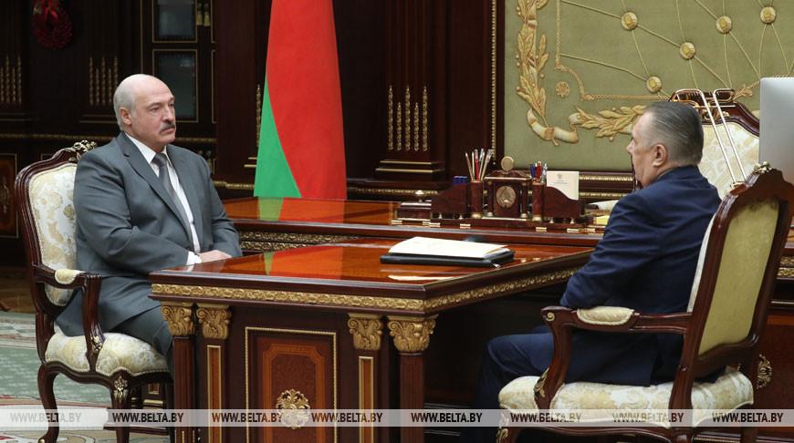 Александр Лукашенко провел рабочую встречу с председателем Верховного суда