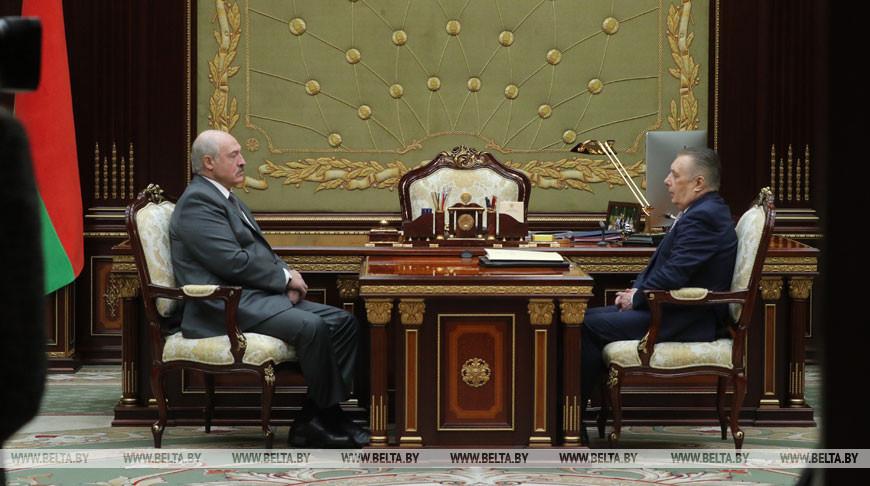 Александр Лукашенко и Валентин Сукало