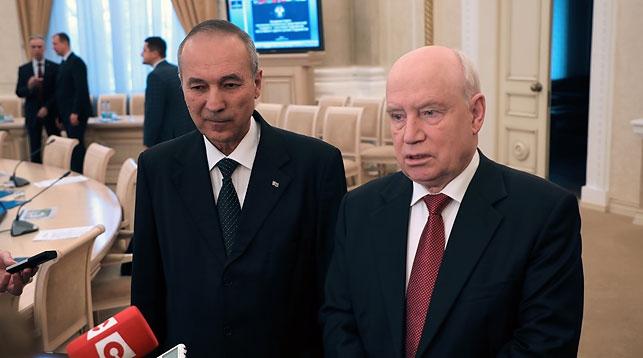 Сергей Лебедев (справа). Фото официального сайта Исполнительного комитета СНГ