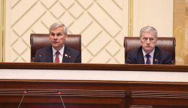председатель Палаты представителей Владимир Андрейченко и заместитель Председателя Палаты представителей Болеслав Пирштук