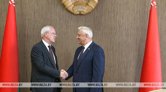 Петер Деттмар и Михаил Мясникович