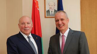 Дмитрий Мезенцев и Андрей Дапкюнас. Фото МИД